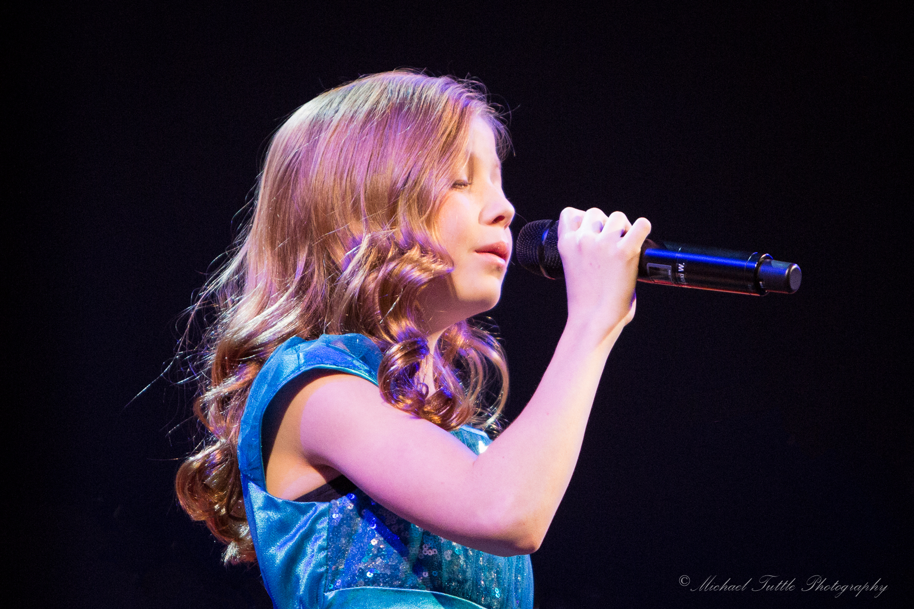 Lexi Walker-Muzart We Are Hope Concert